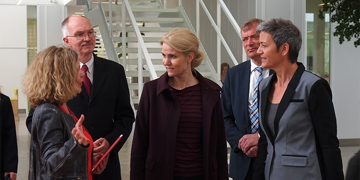 Prime Minister Helle Thorning-Schmidt and Margrethe Vestager with Head of Department, DTU Compute, Helle Rootzen, and President Anders Bjarklev, visit at DTU Compute, May 2014, photo Poul Erik Thamdrup